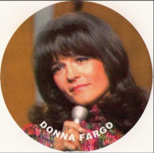 "Donna Fargo singing ""Funny Face"" - 1972 image"