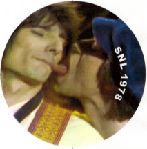 Mick Jagger licking Ronnie Woods lips on Saturday Night Live, 1978