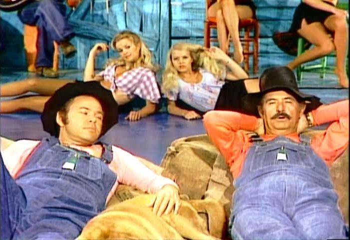 Roy Clark, Archie Campbell, Gunilla Hutton, Misty Rowe