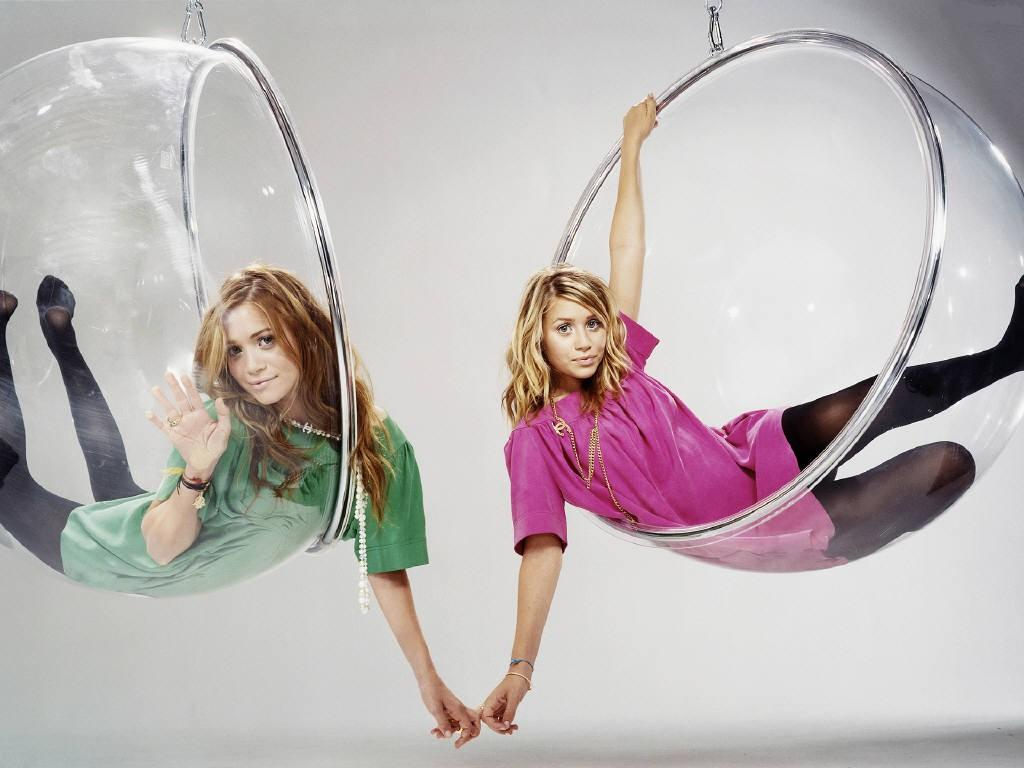 Olsen Twins photo gallery