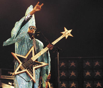 http://www.morethings.com/music/george_clinton-parliament/pictures/bootsy_collins89054893.jpg
