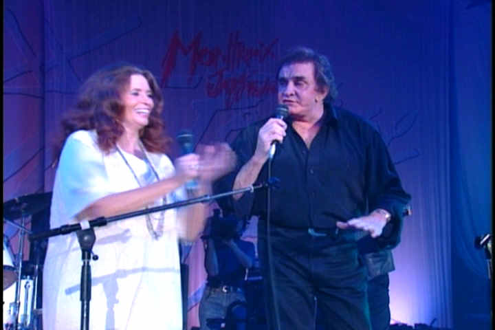 June Carter And Johnny Cash Pictures 35 Johnny And June On Stage 1994