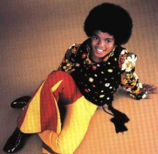 http://www.morethings.com/music/michael_jackson/michael-jackson-392.jpg