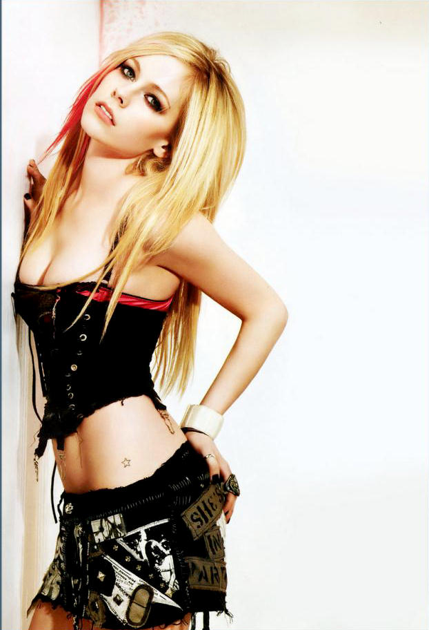 Avril Lavigne's Best Damned Photo Gallery 2 - Hard Partying ...