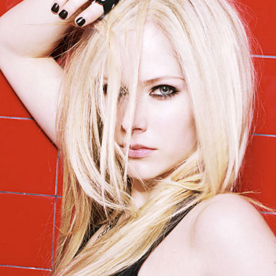 Avril Lavigne 13. Avril Lavigne with black